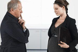 Имеют ли право уволить беременную женщину с работы по сокращению