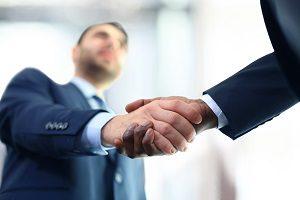 Как лучше уволить по собственному желанию или соглашению сторон