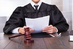 Ходатайство о рассмотрении дела в отсутствие истца или ответчика: образец и как составить