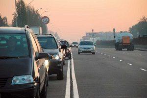 Пересечение сплошной линии на дороге
